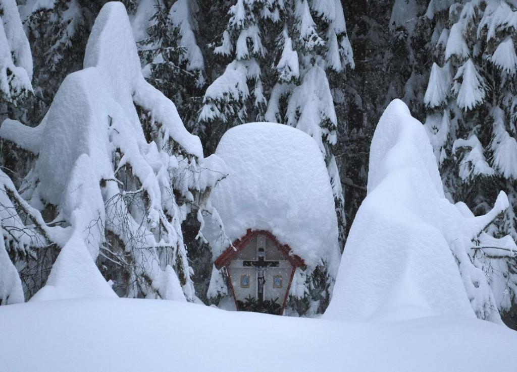 Heavy snowfall in Eastern Tyrol