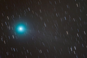 lovejoy_iso3200_1min_stack_1_gimp1_1200